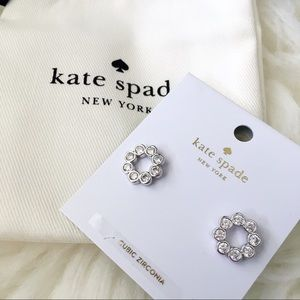 ♠️ Kate Spade Fill Circle Silver Stud Earrings